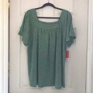 NWT EVRI green textured square neck top size 0X
